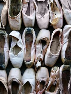 Your Pointe Shoe: Pointe Ballet Shoes, Sizing and Your Foot Type