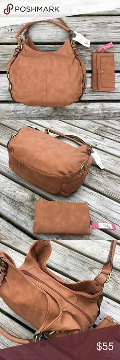 """SATCHEL TOTE HANDBAG SHOULDER BAG PURSE WALLET SET AMAZING Beautiful Sexy Cute SOFT Textured Caramel Brown """"Butternut"""" Faux Leather Handbag Satchel Shoulder Bag Tote Purse + Large Zip/Snap Wallet 