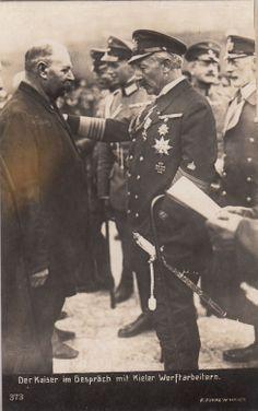 Kaiser Wilhelm II König v Preußen Großadmiral in Wilhelmshaven Werft 1910