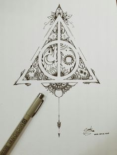 Trendy Tattoo Ideas Harry Potter Deathly Hallows Ink tattoo designs ideas männer männer ideen old school quotes sketches Harry Potter Tattoos, Arte Do Harry Potter, Harry Potter Deathly Hallows, Harry Potter Drawings, Deathly Hallows Tattoo, Hp Tattoo, Tattoo Hals, Compass Tattoo, Tattoo Neck