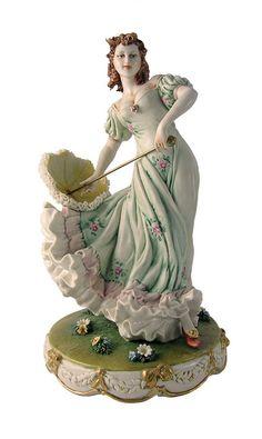 """Статуэтка""""Дама с зонтиком""""  Porcellane Principe"""