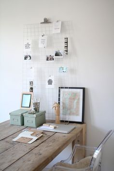 Home office idea Home Office Space, Office Workspace, Office Walls, Home Office Decor, Decoration Inspiration, Workspace Inspiration, Interior Inspiration, Room Inspiration, Big Bedrooms