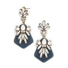 Pretty drop earrings http://rstyle.me/~1OHFF