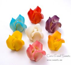 Marzipan Cake Decorations / Roses KR012