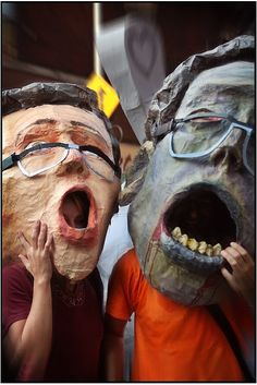 giant paper mache masks ( papermache ideas and tips :: http://www.squidoo.com/papier-mache-recipe-masks-projects-paper-sculpture-ideas  )