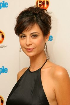 Catherine Bell has now steered The Good Witch from a successful film to a hugely popular TV show. Bell opens up about her role in the show. Beautiful Celebrities, Beautiful Actresses, Gorgeous Women, Cathrine Bell, Zoe Mclellan, Mädchen In Bikinis, Actrices Sexy, Actrices Hollywood, Up Girl