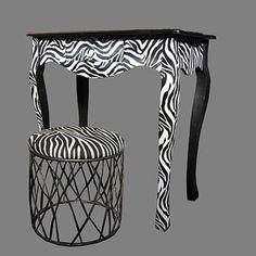 Table baroque zebre, contemporain, design, moderne, blanche et noire, originale, tabouret, tendance, sauvage, ambiance soleil, annecy