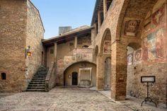 Italy, San Gimignano, World Heritage, Toscana Siena, Trekking, Voyage En Camping-car, Italy Tours, Camping Car, Camping Cabins, Medieval Town, Tuscany Italy, Lake Como