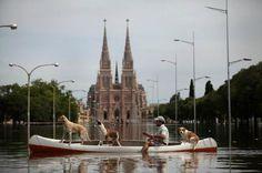 Gran pero GRAN FOTO, LA del #Año #LujanBajoElAgua #inundados #LunesDeTormentas