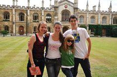 """Foto des Tages: Katharina #sprachreise #england - """"Schon am ersten Tag hat sich herausgestellt, dass meine Sorgen völlig unbegründet waren. Gleich nach der Ankunft wurden wir in die Gruppenaktivitäten mit einbezogen und von den Schülern, die schon länger da waren, in die Geheimnisse des Colleges eingeweiht."""""""