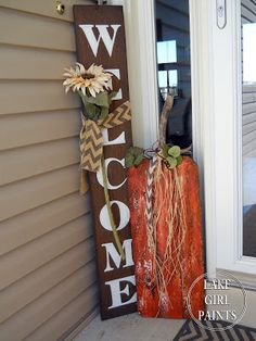 Fall calls for a craft party! So the family girls gathered and we made planked pumpkin art! We mad. Fall Wood Crafts, Pallet Crafts, Thanksgiving Crafts, Holiday Crafts, Pallet Ideas, Holiday Ideas, Wood Pumpkins, Fall Pumpkins, Fall Halloween