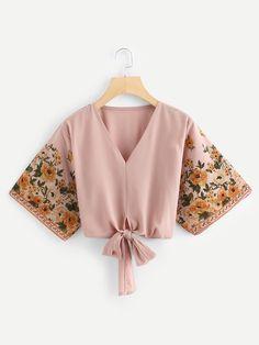Boho Floral Top Regular Fit V Neck Three Quarter Length Sleeve Pullovers Pink Crop Length Floral Print Sleeve Knot Hem Blouse