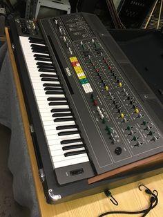 MATRIXSYNTH: Yamaha CS-80 Vintage Polyphonic Synthesizer SN 138...