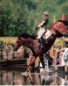 Jan Snodgrass & Harry Who by Jim Wofford, via Flickr  || bay xcountry landing water jump