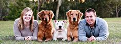 Probably doing family pictures this spring with Ruby - People Photos - Ideas of People Photos - Cute family picture. Probably doing family pictures this spring with Ruby Wedding Photography With Kids, Animal Photography, Family Photography, Photography Ideas, Equine Photography, Fashion Photography, Cute Family Pictures, Dog Pictures, Family Photos