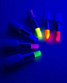 I love the neon colors! I guess there safe to use!!?? #neon #lipgloss