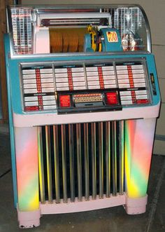 "1952 Seeburg M100C ""C"" Jukebox (100 selections)."