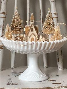 Cheap Christmas, Silver Christmas, Christmas Is Coming, Simple Christmas, Christmas Time, Christmas Christmas, Christmas Ideas, Christmas Chocolate, Country Christmas