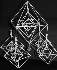 k o t i p o r s t u a: Himmeli -arvonta ♥ Handmade Ornaments, Koti, Diy And Crafts, Symbols, Inspiration, Beading Projects, Mobiles, Decor, Wire
