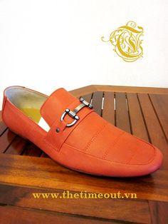 Một số mẫu giày đẹp cho nam dịp hè 2012