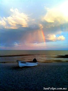 Rains over the Sea of Cortez bring an elusive Rainbow to San Felipe. This is so beautiful #Baja #MexicoToday #ttot
