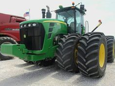 John Deere model will always be in my pantheon of JD Tractors Jd Tractors, John Deere Tractors, Big Girl Toys, Toys For Girls, Heavy Machinery, Farm Life, Farmer, Vehicles, Tools