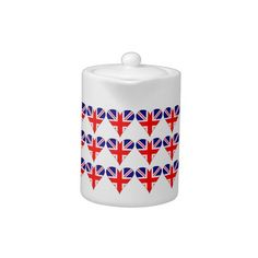 Tiled Funky UK Heart Teapot: Tiled design shows a funky looking heart-shaped Union Jack or Union flag, also known as the flag of Great Britain and the United Kingdom or UK flag. Wonderful fun for homesick ex-pats on Valentine's Day or any special time. Great for Brits, British-Americans, or British-Canadians wanting to share their love of their heritage, ancestry and culture in a fun way. Terrific way to remember a British vacation, trip, or holiday. Really fun teaching tool, too!
