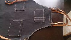 Фартук официанта. Джинса, ремни на карабинах - натуральная кожа, отстегиваются. Длина 90см, ширина 70см Цена 2300 руб.