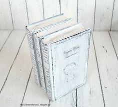 Tutorial ~ Cum sa transformi niste carti cu coperti inestetice in carti antichizate, cu coperti scorojite