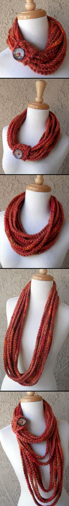 Crochet this scarf to look like a t-shirt scarf - *Inspiration*