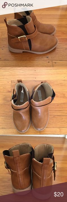 Kids Ankle Boot Brown vegan leather ankle boot with buckle trim and elastic insets.  NWOT crazy 8 Shoes Boots