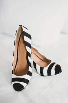 Or let striped pumps peek out. | 24 Completely Bewitching Tim Burton Inspired Wedding Ideas || Photography by Shelly Anderson Photography || www.shellyandersonphotography.com