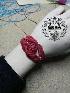 蜡线编织本命年红手绳