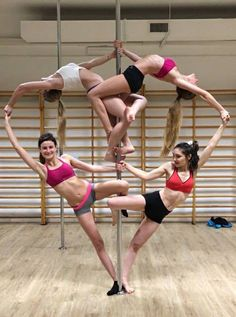 Pole dance heart
