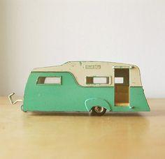 Vintage 1960s Collectible Retro Diecast Dinky Caravan