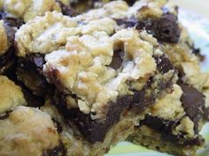 Vittles and Bits: Chocolate Oatmeal Fudge Bars
