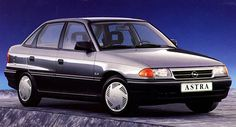 Opel Astra 1.8i-16V CD 1993 — Parts & Specs General Motors, Old Cars, Cars And Motorcycles, Vintage Cars, Super Cars, Classic Cars, Automobile, Vehicles, Passion