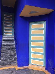 #JardinMajorelle Ist Ein Innovativer #Ideengeber Aus Dem Bereich  #Architektur: #Indigoblaue Wandfarbe