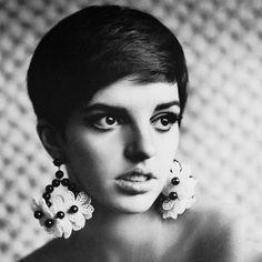 #Efsanevi Liza Minnelli #Kabare #Legendary Liza Minnelli #Cabaret #Happy Birthday #SiyahBeyazGüzeldir #BeautifulBlackAndWhite