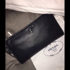 Prada wallet like new This wallet is in perfect condition. Prada Wallet, Prada Bag, Wallets, Bags, Handbags, Taschen, Prada Handbags, Purse, Purses