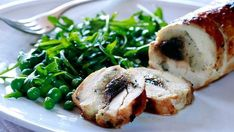 Black garlic chicken: The fermented cloves add caramelised sweetness to savoury dishes. Savoury Dishes, Food Dishes, Main Dishes, Savoury Recipes, Black Garlic, Fresh Garlic, Garlic Chicken Recipes, Cooking Recipes, Healthy Recipes