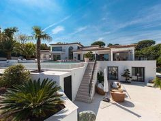 Rent - Luxury villa with a glorious view of Saint Tropez #Grimaud  This Luxury villa - built in a modern, contemporary style - was recently renovated and offers high quality features. Spacious, light-flooded rooms with picture windows everywhere. A large wooden terrace leads to the heated pool with beautiful sea view. Situated in a quiet residential area, next to https://aiximmo.ch/?p=225764  #frenchriviera #cotedazur #mallorca #marbella #sainttropez #sttropez #nice #can