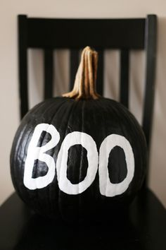 Put. Down. The. Knife. I've found the best no carve, painted pumpkins that Pinterest has to offer. No need to get covered in pumpkin innards, or wrestle the kids for the knife. Just get out…