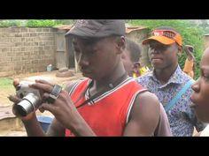 Joves de Bouaké (la Costa d'Ivori) ens presenten les seves famílies
