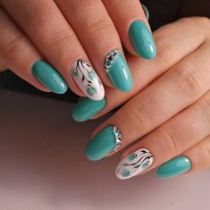 28 Incredible and Creative Nail Art Designs for Spring. Nail art designs for spring and for brief nails are finished by different artists across different Cute Nail Art Designs, Flower Nail Designs, Nail Designs Spring, New Nail Designs, Cute Spring Nails, Spring Nail Art, Cute Nails, Fall Nails, Almond Gel Nails