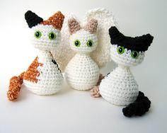 Cats & Kittens Crochet Pattern Includes Angel Wings pattern - automatic download.