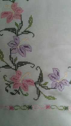 Seccade Modelleri - #Modelleri #Seccade - #seccadeler #seccade  #kabe #namaz  #seccade #modelleri #trend #muslim #muslüman Crochet Bedspread, Turkish Art, Embroidered Bag, Satan, Cross Stitching, Needlepoint, Cross Stitch Patterns, Diy And Crafts, Embroidery