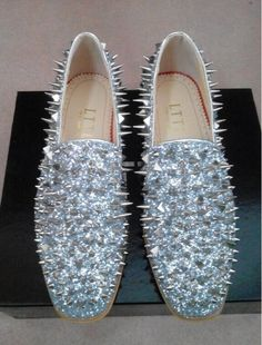 2017 Brand New Hot Sale Men Shinny Glitter Flat Shoes Top Quality Gold Spike  Men Loafers Slip On Rivets Prom Party Wedding Shoes b2550455c849