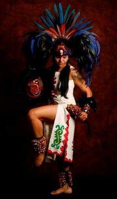 Danzante Azteca