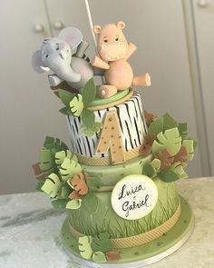 "Felipe Oliveira on Instagram: ""Safari para os gêmeos Luiza e Gabriel - 🌿🍃🍂🌿🍃🍂🦛🐘"" Baby Boy 1st Birthday Party, 4th Birthday, Unique Cakes, Creative Cakes, Jungle Cake, Take The Cake, Sugar Paste, Bear Cakes, Holiday Desserts"